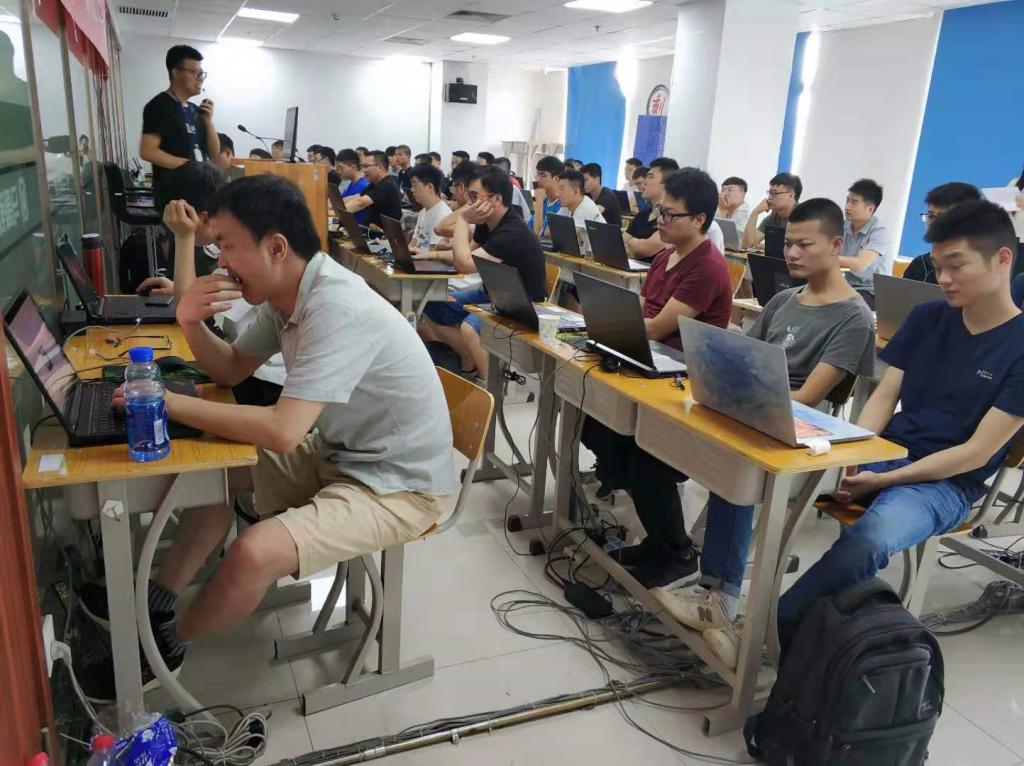 马哥教育Linux面授38期开班典礼|成功不易唯有加倍努力!